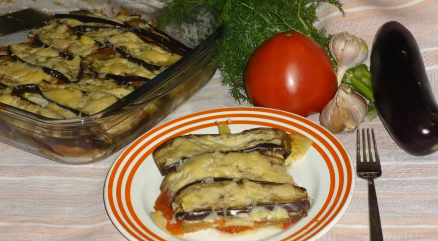 Запекаем в духовке кабачки и баклажаны с добавлением сыра и чеснока