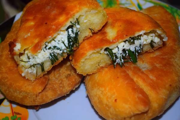 пирожки творог с луком